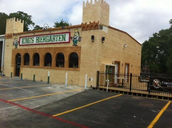 King's Biergarten Opens
